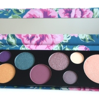 Testissä: Essence Too Glam To Give A Damn Palette